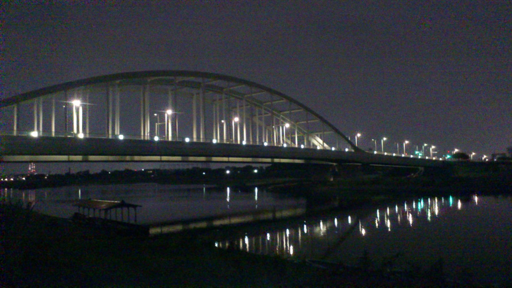 多摩水道橋_鏡面2_-_コピー.JPG